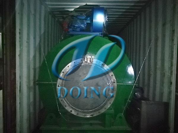恭喜布基纳法索客户小型废轮胎炼油设备完成发货