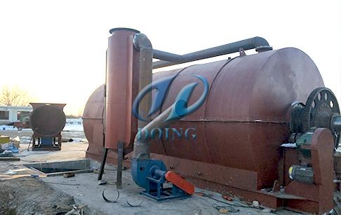 恭喜一台10吨废轮胎炼油设备炼油项目落户甘肃